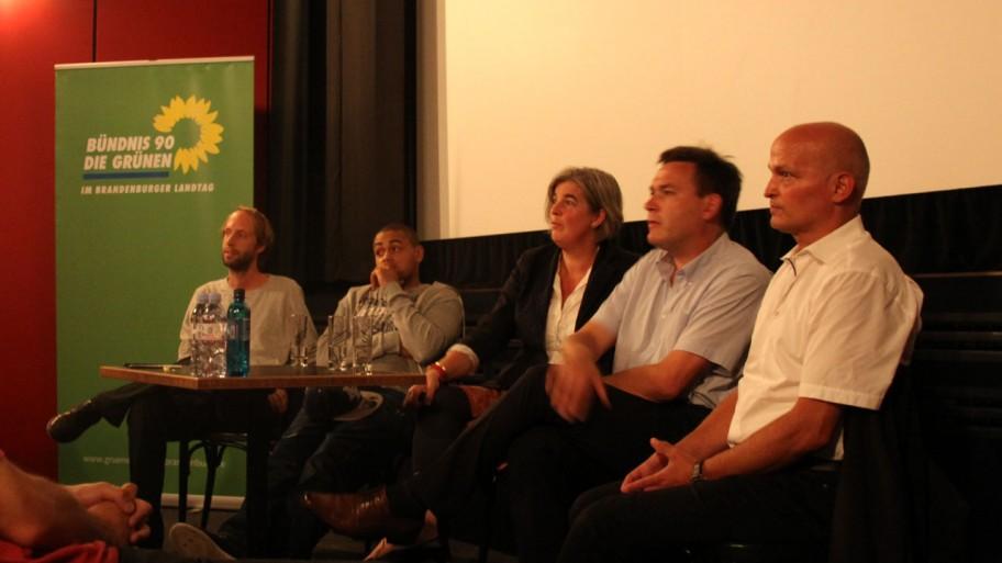 Nach Wriezen in Potsdam: Daniel Abma, Jano, Marie Luise von Halem, Norbert Schweers, Justizminister Schöneburg