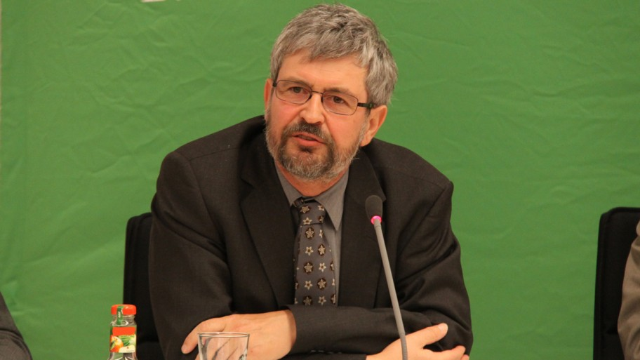 Fraktionsvorsitzender Axel Vogel bei der Begrüßung © Fraktion