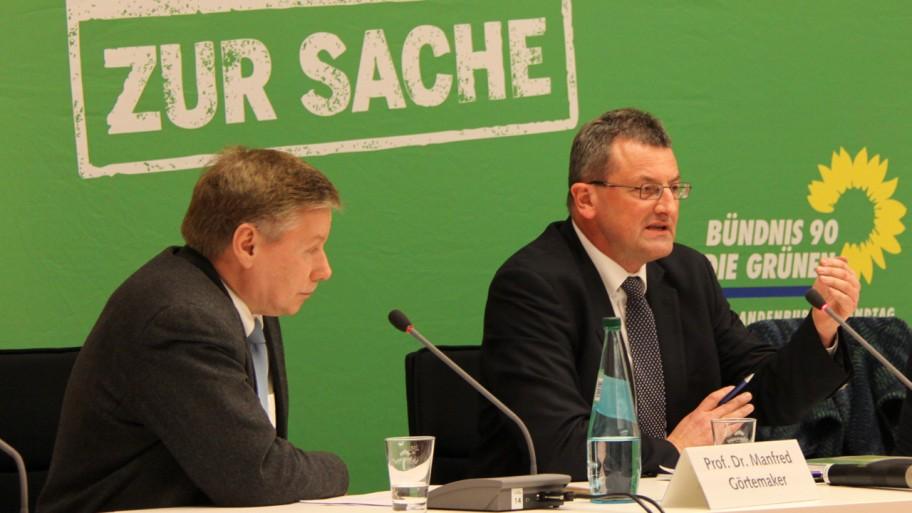 Prof. Dr. Manfred Görtemaker und Prof. Dr. Johannes Weberling (v.l.n.r.) © Fraktion