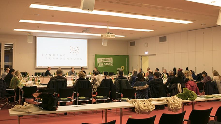 Fachgespräch der Fraktion zum Thema Vogelgrippe und Stallpflicht Foto: Laura Englert/Fraktion