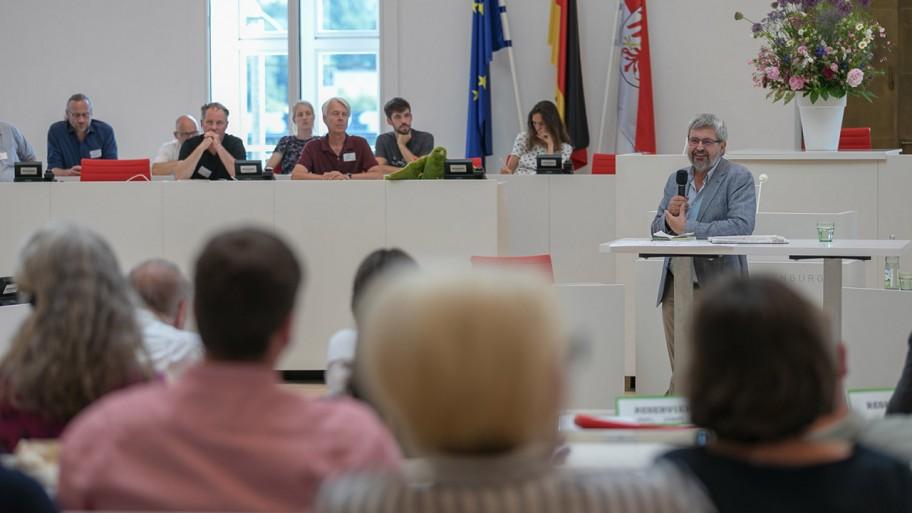 Axel Vogel redet beim Empfang © ideengruen.de/Markus Pichlmaier