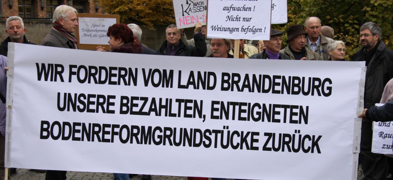 Demonstration zur Bodenreform vor dem Brandenburger Landtag © Franziska Petruschke / Fraktion Bündnis 90/Die Grünen im Brandenburger Landtag